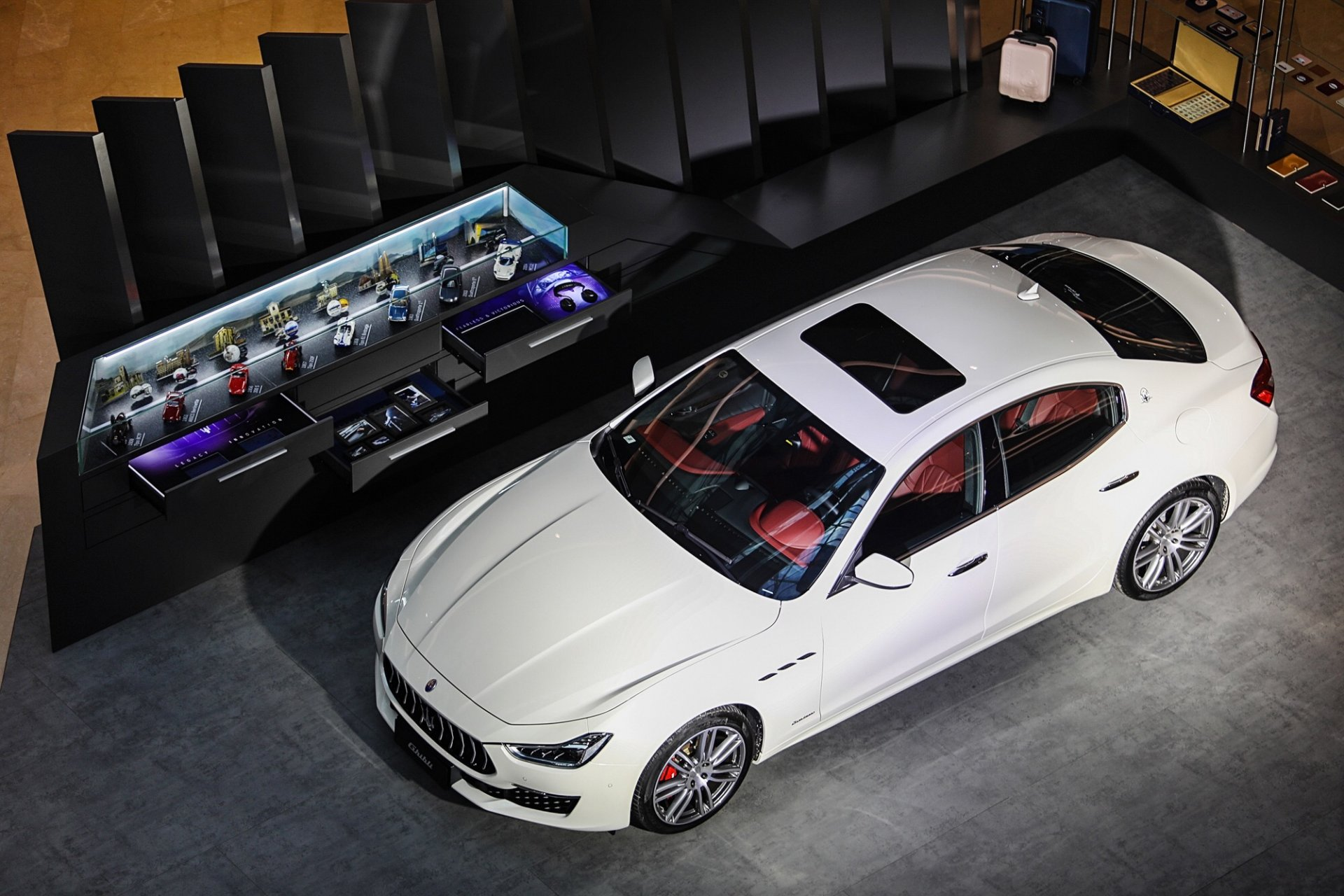 Maserati Lounge